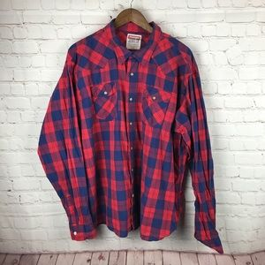 Wrangler Red and Blue Plaid Button Down Shirt